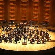Auditorium de l'Orchestre National de Lyon - Lyon, France. Auditorium de Lyon, l'orchestre des jeunes dirigé par Antoine Gaspard.