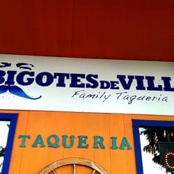 los bigotes de villa 188 fotos mexikanisches. Black Bedroom Furniture Sets. Home Design Ideas