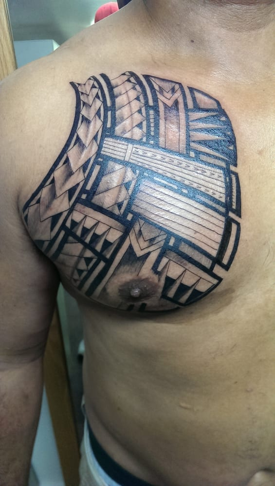 Polynesian chest plate done by artist dane yelp for Chest plate tattoos