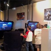 Power Play Gaming - Party in action - Halo system link match - Denville, NJ, Vereinigte Staaten