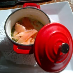 Oeuf mollet et saumon en cocotte