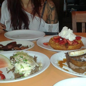 ... ricotta filling, strawberries and cream waffle, candied bacon .. yum