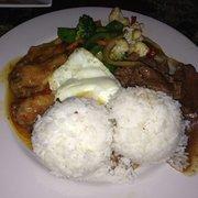Maharlika Hall & Sports Grill - Sweet n sour chicken, beef steak, stir fried veggies - Jacksonville, FL, Vereinigte Staaten