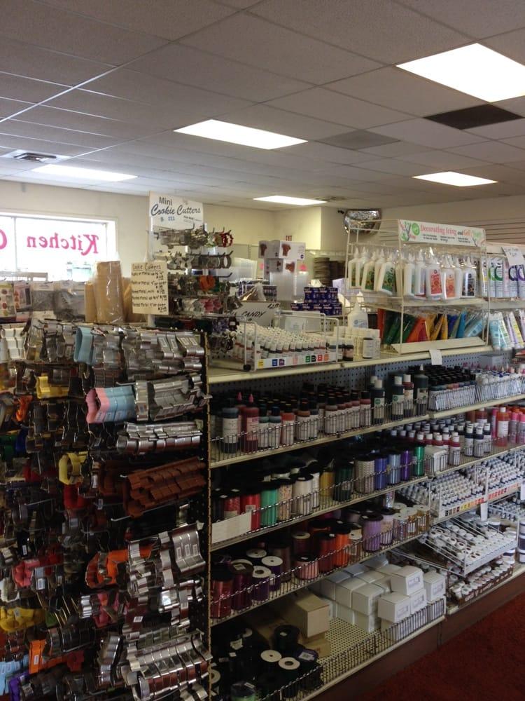 Cake Decorating Store Farmington Mi : Kitchen Creations - Party Supplies - Farmington Hills, MI ...