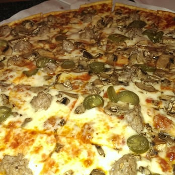 Sammy's Pizza & Italian Restaurant - 14 Photos - Pizza - Green Bay ...