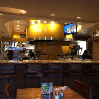 California Pizza Kitchen 107 Photos 163 Reviews Pizza 207 S Beverly Dr Beverly Hills