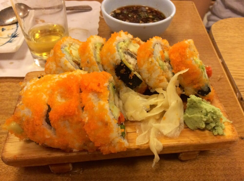 Spider roll 8 pieces yelp for Akasaka japanese cuisine