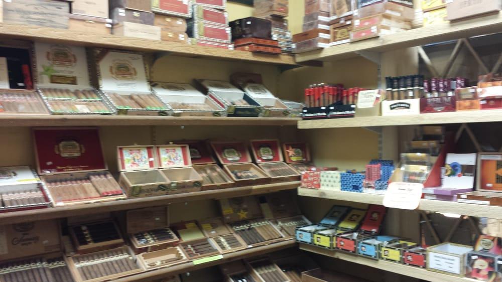 Cigarettes Marlboro wholesale Canada
