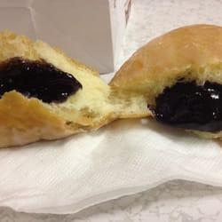 Ken's Donuts - Blueberry filled - Austin, TX, Vereinigte Staaten