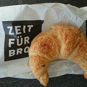 Butter croissant.