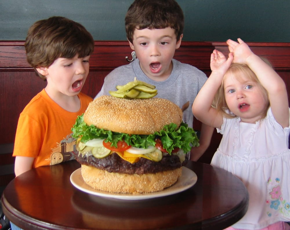 Southgate (MI) United States  city pictures gallery : ... Grill & Bar Southgate, MI, United States. 10 lb Monster Burger