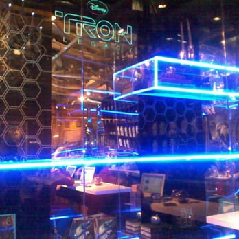 Tron Legacy Pop Up Shop At Royal T Closed Shopping