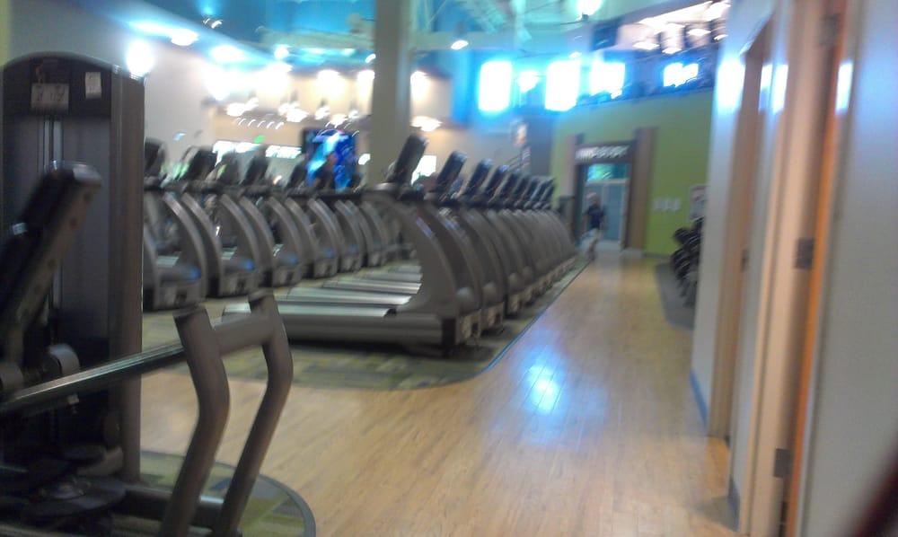 American Family Fitness - Williamsburg