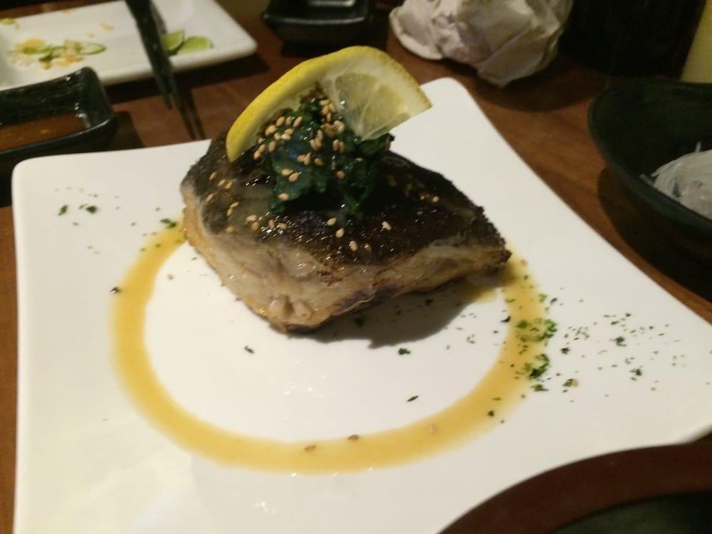 Mashiko japanese restaurant sushi bar 374 photos for Asia sushi bar and asian cuisine mashpee