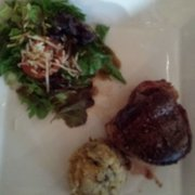 """Mucky Duck Restaurant & Catering - Bacon wrapped filet mignon that my wife ordered. """"Oh my God! !"""" Is her response. Very delicious!! - Green Mountain Falls, CO, Vereinigte Staaten"""