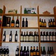 Wein-Regal