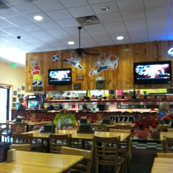 Hungry Howie's Pizza & Salad Bar - Ellenton, FL, United States
