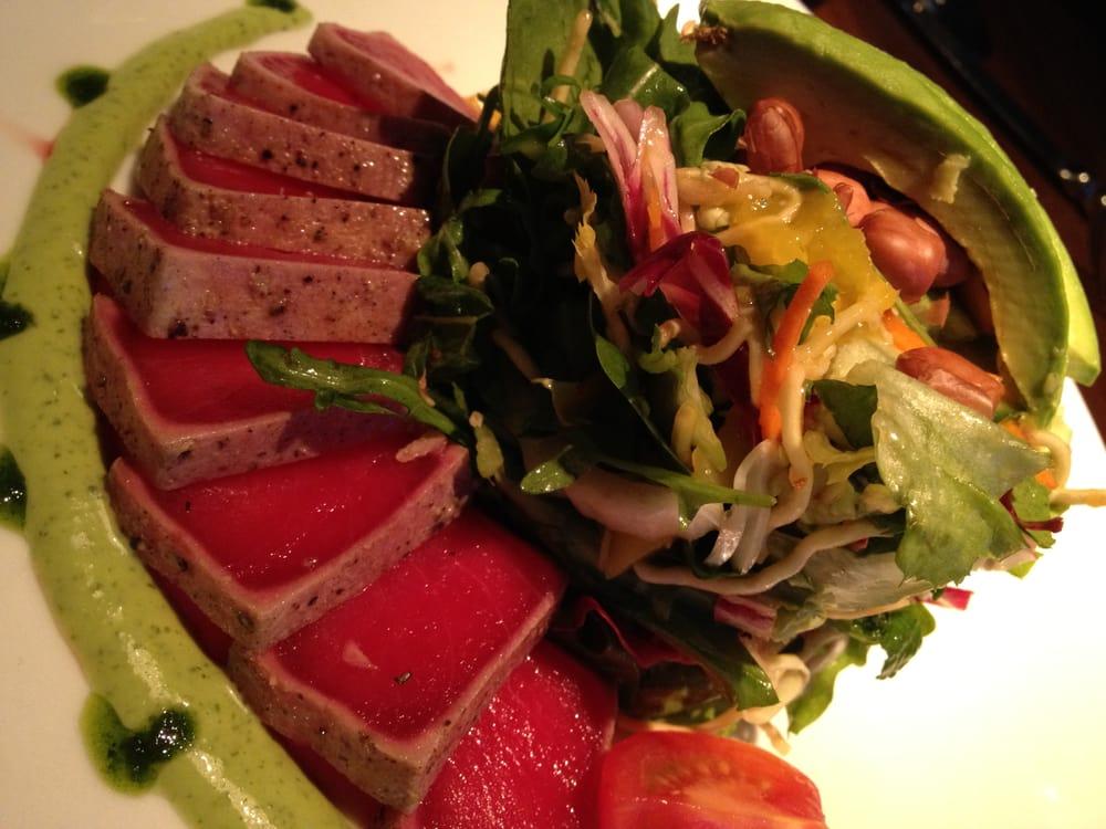 Tuna sashimi salad with avocado and mango lime dressing yelp for Sashimi dressing
