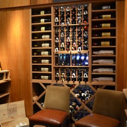 Copper Rock Steakhouse - Our wine cellar has 450 wines available by the bottle and glass--earning us Wine Spectator awards four years in a row! - New Buffalo, MI, Vereinigte Staaten