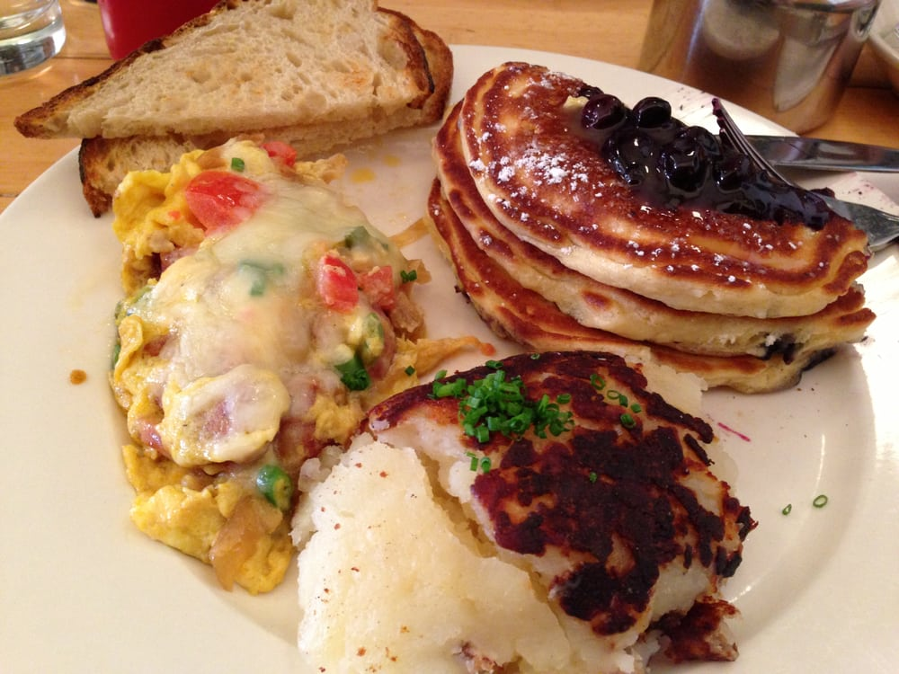 Spanish Scramble(DELICIOUS) and Blueberry Pancakes | Yelp