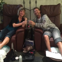 Spa Sasse' - Portland, OR, États-Unis. Two very in love peeps sharing their 11th anniversary! WE LOVE YOU SPA SASSE'!