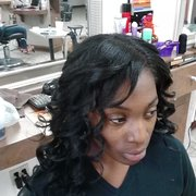 Hair Dresser on Fire - Yes.... I do weaves. Partials, full closure, quick weaves, I got you covered - Montclair, CA, Vereinigte Staaten