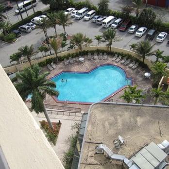 Howard Johnson Plaza Hotel Miami Hialeah Gardens Fl