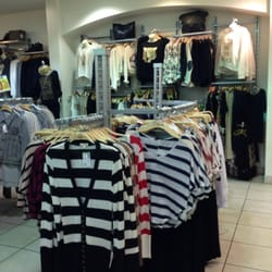 Following, you'll find a list of children's specialty outlet stores at