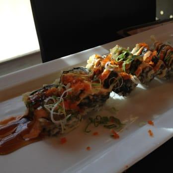 Akira japanese cuisine sushi 17 mulcaster st barrie for Akira japanese cuisine