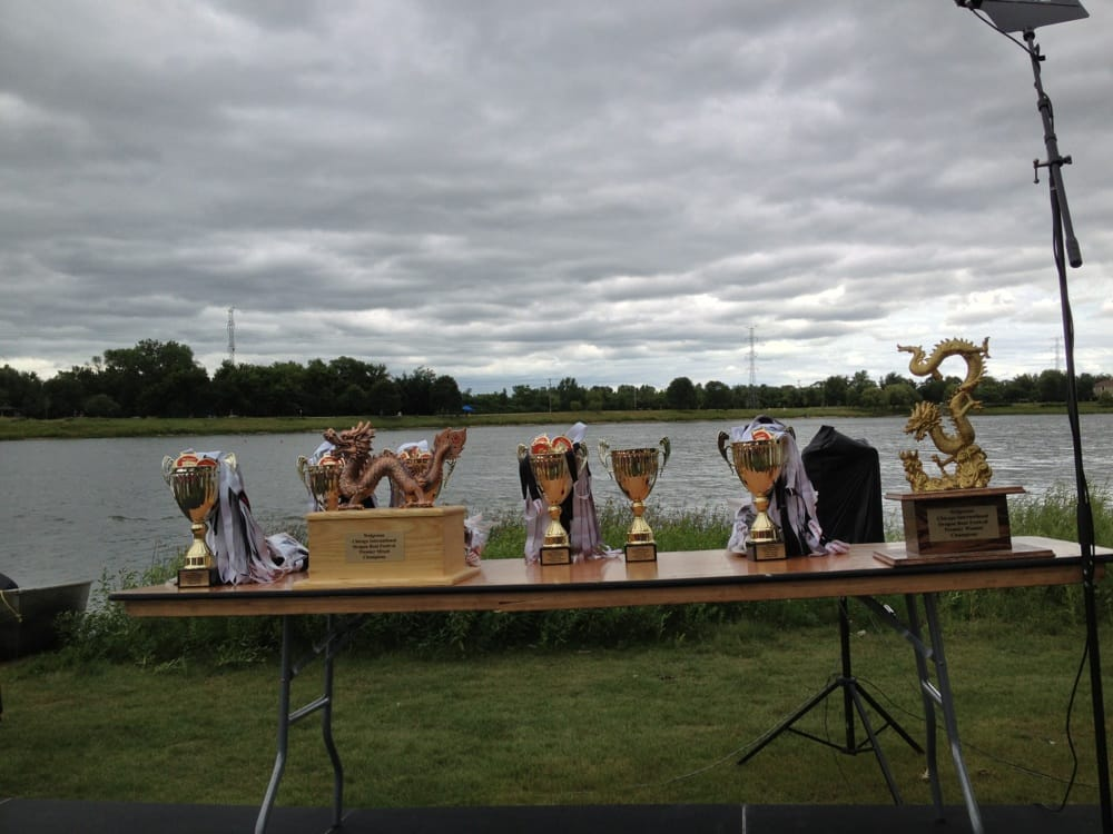 Arlington Heights (IL) United States  city images : Lake Arlington Arlington Heights, IL, United States. Dragon Boat ...