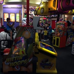 chuck e cheese woodbridge va