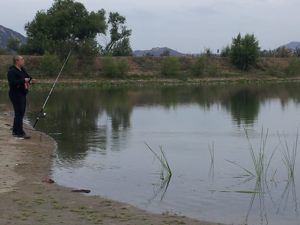 Kids lake caught two little dinky fish was there 9am 5pm for Irvine lake fishing