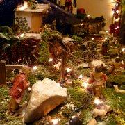 Schöne Weihnachtsdeko im ganzen Lokal