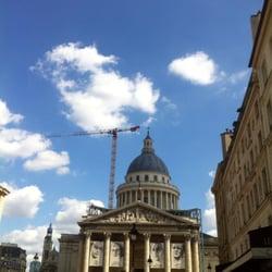 Le Panthéon - Paris, France. Après la restauration, la façade est encore plus belle.