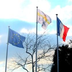 Flags outside Disneyland Paris