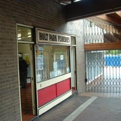 Holt Park Fisheries, Leeds, West Yorkshire