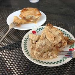 Granny Scotts Pie Shop logo