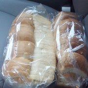 Elim Bakery - Best bread in town. and can't beat the price... 2 loaves of $5! - Rowland Heights, CA, Vereinigte Staaten