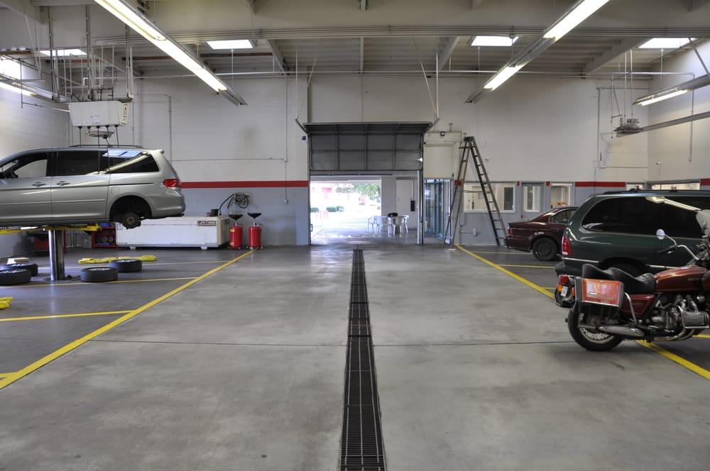 Jay auto repair motor mechanics repairers 4343 d for Fremont motors service department
