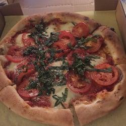 Isabella artisan pizzeria craft beer garden 193 photos for Pizzeria gina st priest menu