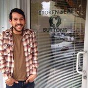 Broken Seal Buttons - San Francisco, CA, Vereinigte Staaten