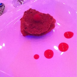Croustillants de fruits rouge & mousseline au basilic
