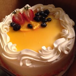 Vienna Bakery & Cafe - Fremont, CA, ABD. Passion fruit guava cake