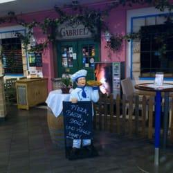trattoria gabriela gastronomie geschlossen italienisches restaurant salzburg beitr ge. Black Bedroom Furniture Sets. Home Design Ideas