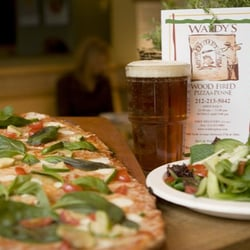 Waldy's Wood Fired Pizza & Penne - Ice Cold Beer - New York, NY, Vereinigte Staaten