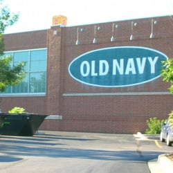 Old Navy Clothing Store - Chicago, IL, United States by Ren H