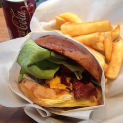 202 Hamburger & Delicious - Burgers - Centro Storico - Milan, Italy ...