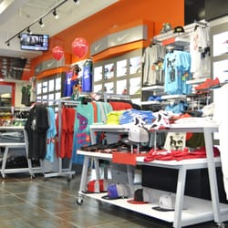 villa clothing store