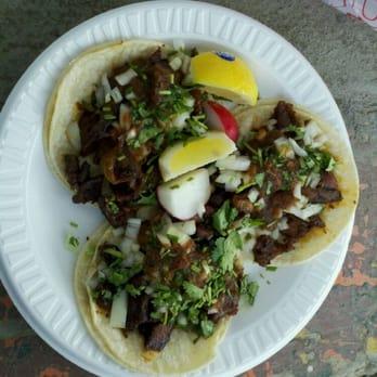 mitchell 39 s taco truck calistoga ca united states al pastor tacos