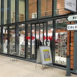 boutique d art contemporain de lyon concept stores cit internationale lyon france. Black Bedroom Furniture Sets. Home Design Ideas